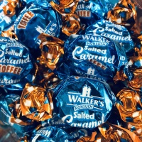 salted_caramel_toffee_walkers